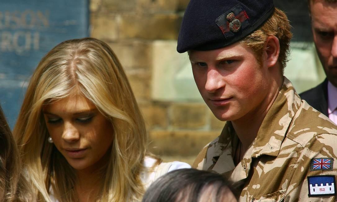 Harry com a ex-namorada, a empresária Chelsy Davy Foto: Ben Stansall / Getty Images