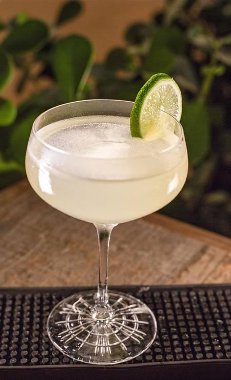 French Daiquiri. Rum branco, Elderflower e limão (R$ 25) do Tragga Foto: Divulgação