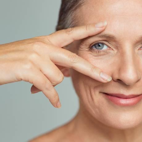 População cada vez mais longeva necessita de cuidados específicos para a pele Foto: Banco de Imagens
