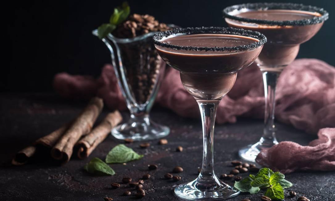 Licor de chocolate e rum. Servido no Il Borsalino, é preparado com leite condensado, creme de leite, chocolate meio amargo e essência de baunilha (R$ 28,90) Foto: Berg Silva / Divulgação
