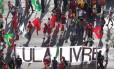 Manifestantes pró-Lula fazem ato em Brasília Foto: Givaldo Barbosa / Agência O Globo