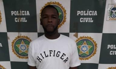 Julio Cezar é suspeito de realizar roubos em Niterói Foto: Reprodução/ Portal Procurados
