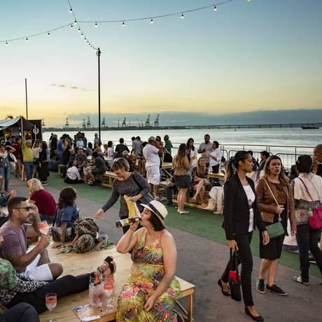 Rio Gastronomia recebe o público no Píer Mauá Foto: Ana Branco / Agência O Globo
