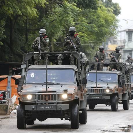 No começo de junho, as Forças Armadas também realizaram uma operação na comunidade Foto: Pablo Jacob / Agência O Globo/ 07/06/2018