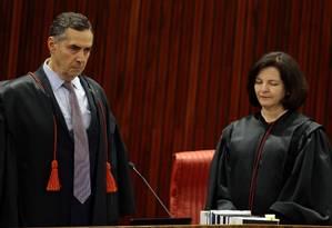 O ministro Luís Roberto Barroso, durante posse de Rosa Weber no TSE Foto: Jorge William/Agência O Globo/16-08-2018