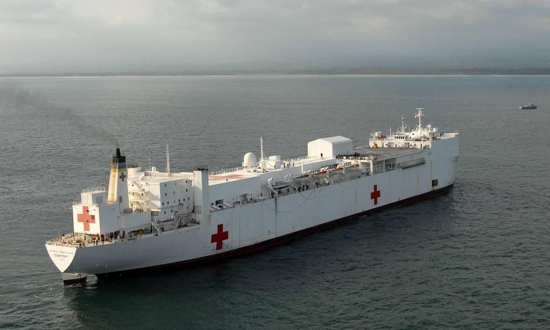 EUA enviarão navio-hospital para atender refugiados venezuelanos