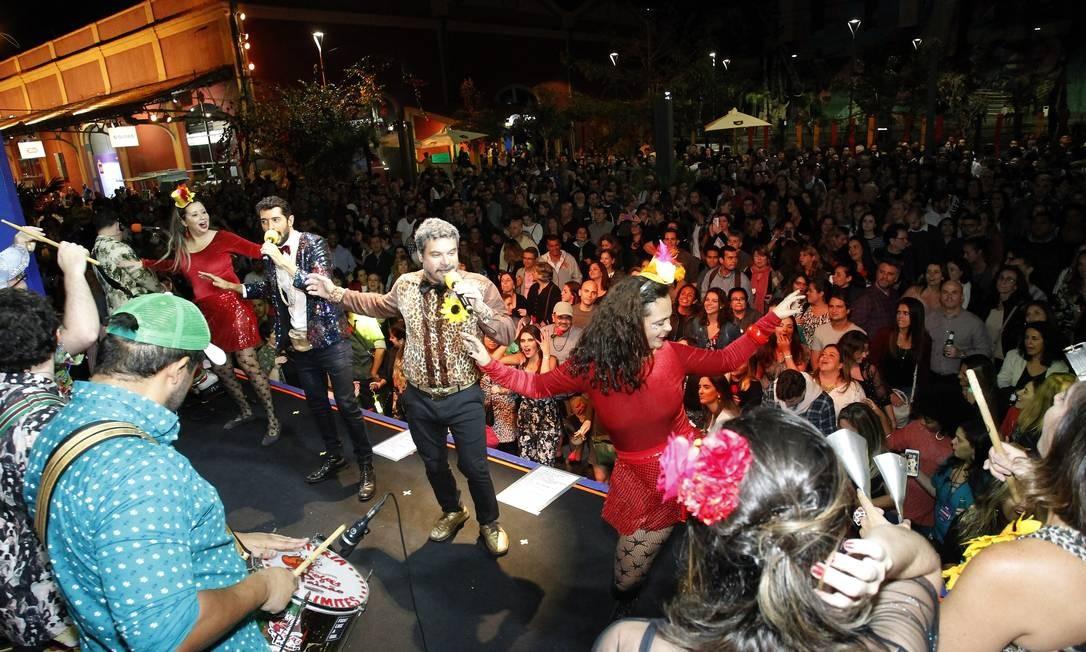 Fogo & Paixão encerrou o primeiro dia do Rio Gastronomia em clima carnavalesco Foto: Nelson Perez/Luminapress / Agência O Globo