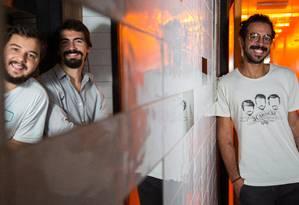 Eduardo, João Gabriel e João Filipe, da Cervejaria 3Cariocas: empresa levantou R$ 2 milhões por meio da plataforma EqSeed Foto: Emily Almeida