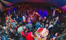 Pista cheia na festa Manie Dansante, no Porto Lab Foto: Divulgação / Ana Wander Bastos