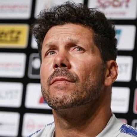 Diego Simeone não abre mão de Filipe Luis Foto: Reprodução