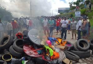 Brasileiros queimam pertences de venezuelanos em Pacaraima Foto: ISAC DANTES / AFP