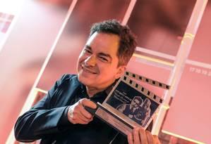 Carlos Saldanha com Troféu Eduardo Abelin Foto: Edison Vara / Pressphoto