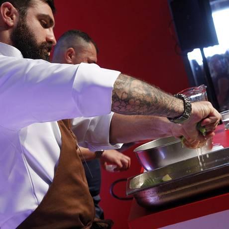 Bruno Katz desvenda segredos dos fermentados: 'Não tem mimimi' Foto: Nelson Perez/Luminapress / O GLOBO