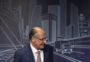 Geraldo Alckmin (PSDB) participa de sabatina organizada pela Associação Brasileira de Infraestrutura de Base (Abdib) Foto: Edilson Dantas / Agência O Globo