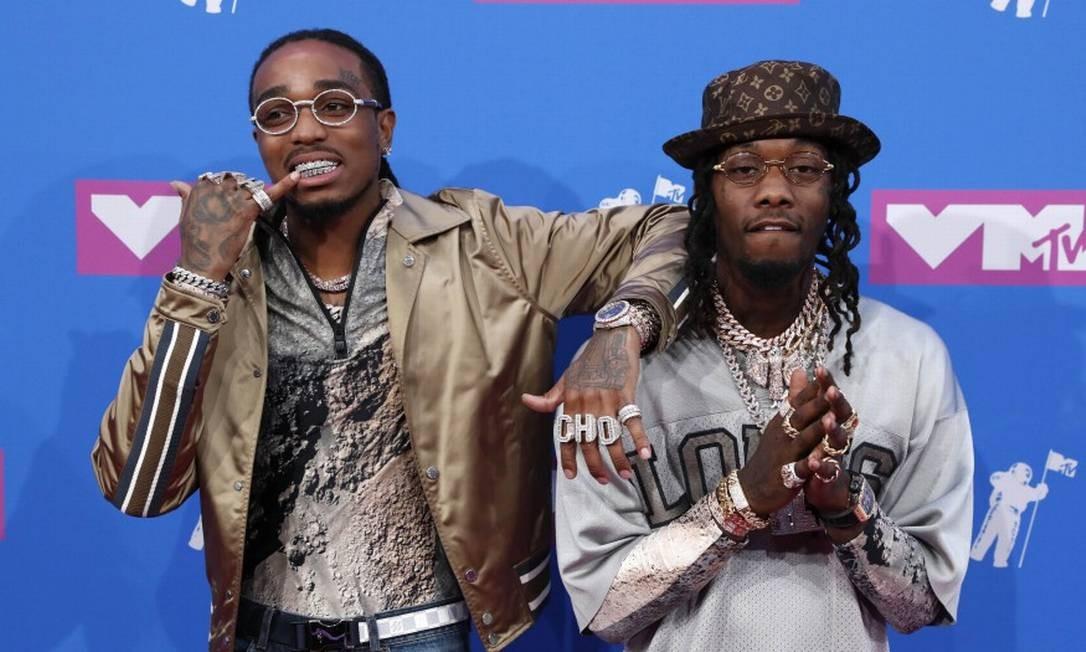 """Quavo and Offset, do Migos, estão indicados a melhor clipe de hip-hop pelo vídeo de """"Walk It Talk It"""", que fizeram com Drake. No look, brilhos e joias ANDREW KELLY / REUTERS"""