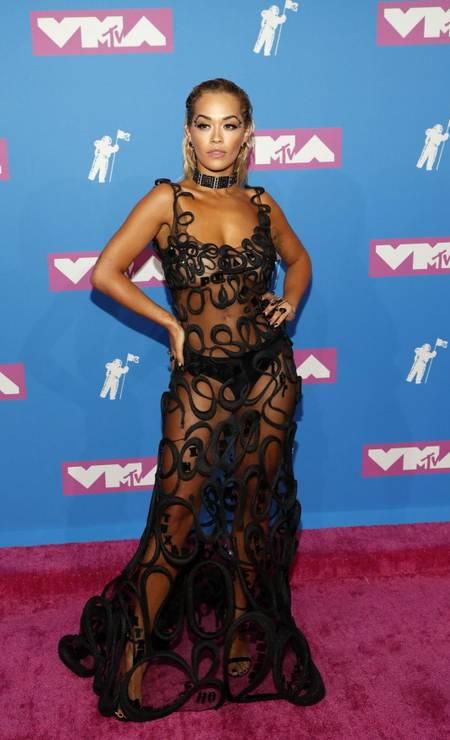Rita Ora investiu nas transparências Foto: ANDREW KELLY / REUTERS