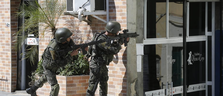 Operação das Forças Militares Foto: Pablo Jacob / Pablo Jacob