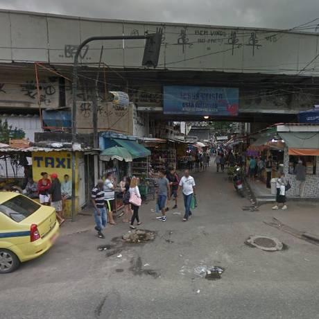 Um dos acessos à Favela do Jacarezinho Foto: Google Street View / Reprodução