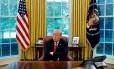 O presidente dos EUA, Donald Trump, durante entrevista exclusiva à agência Reuters, quando fez críticas ao BC americano Foto: LEAH MILLIS / REUTERS