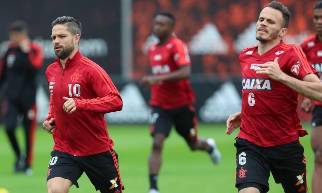 Quando não joga, Diego é uma das ausências mais sentidas pelo Flamengo Foto: Gilvan de Souza/Flamengo /