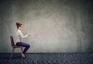 Especialistas alertam para os cuidados com a postura Foto: Shutterstock