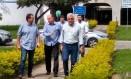 Eduardo e Paes e César Maia juntos pela primeira vez num compromisso oficial de campanha, em Campos. Foto: Bernardo Mello/O GLOBO