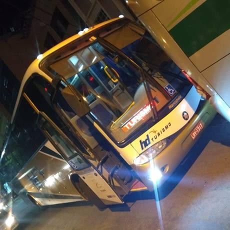Um dos ônibus alugados pelo Detran e apreendidos pelo TRE Foto: Divulgação