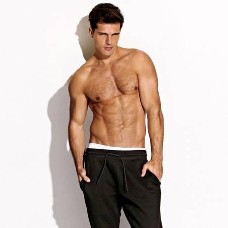 Diego Miguel: modelo e personal Foto: Reprodução/ Charlie