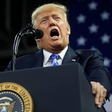 Trump: linguajar típico de mafioso transparece especialmente quando está insultando ou criticando alguém Foto: LEAH MILLIS / REUTERS
