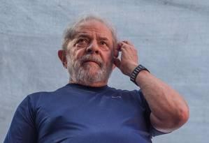 O ex-presidente Lula em ato horas antes de ser preso, em abril deste ano Foto: Victor Moriyama / Getty Images