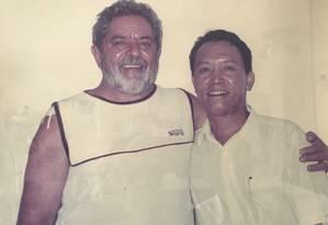 Lula e o acupunturista chinês Gu Hangu Foto: Reprodução