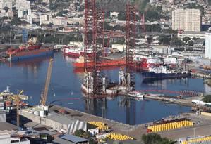 Novos serviços: empresas do setor vêm se estabelecendo em Niterói este ano, diz Alessandra Jorge, diretora do porto Foto: Márcio Alves / Agência O Globo