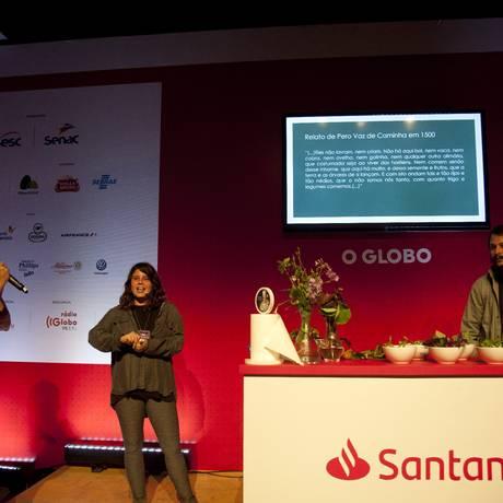 Ao centro, Daniel Gabrielli Barba, Alice Worcman, e o chef Esteban Mateu, do Térèze Foto: Adriana Lorete / Agência O Globo