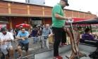 Cordeiro preparo pelo chileno Rodolfo Guzmán foi transportado de carrinho de golfe pelo Píer Mauá Foto: Nelson Perez/Luminapress / Agência O Globo