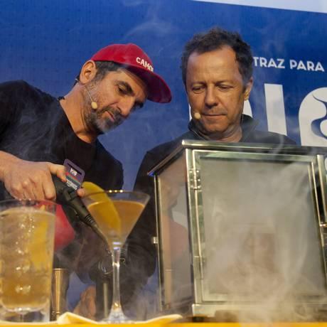 Cello Camolese e Vik Muniz: dicas para harmonizar coquetéis e comida no Rio Gastronomia Foto: Adriana Lorete / Agência O Globo