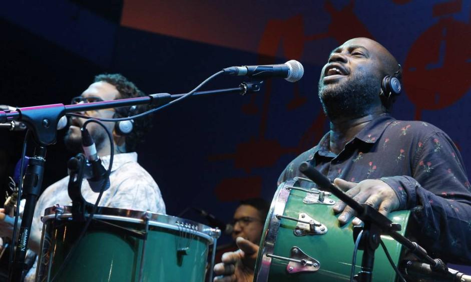 No último sábado do evento teve a roda de samba do Galocantô com Marcelle Motta Foto: Nelson Perez/Luminapress / Agência O Globo