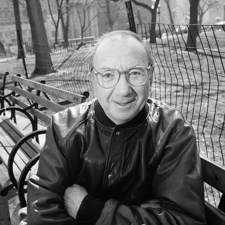 SC - O dramaturgo Neil Simon em Nova York Foto: SARA KRULWICH/NYT / NYT