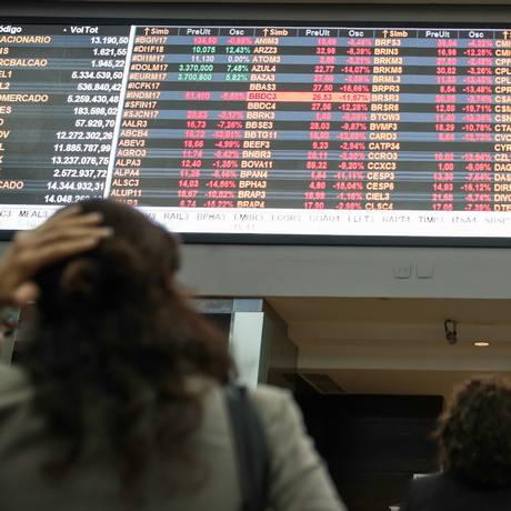 Painel da B3: especialistas explicam estratégias para lidar com volatilidade Foto: Patricia Monteiro / Bloomberg