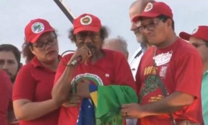 Luiz Gonzaga da Silva - o Gegê (centro) Foto: Reprodução/Facebook
