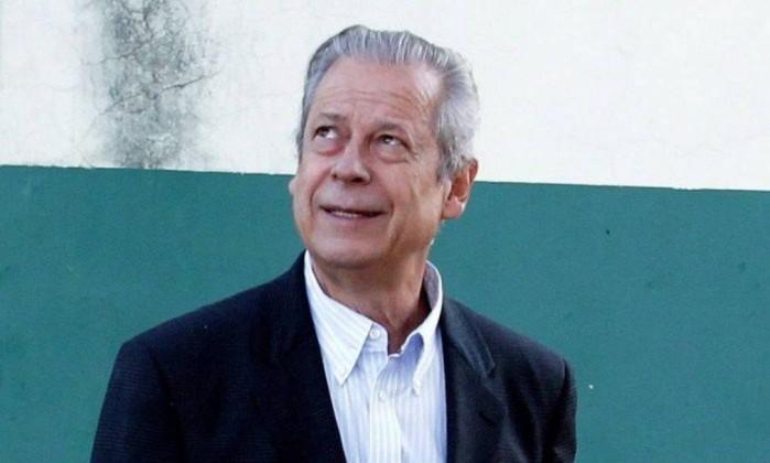 O ex-ministro da Casa Civil José Dirceu (PT) Foto: Ailton de Freitas / Agência O Globo
