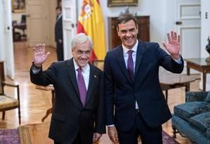 O presidente chileno Sebastián Piñera recebe o primeiro-ministro espanhol, Pedro Sánchez, em sua primeira visita à América Latina Foto: MARTIN BERNETTI / AFP/ 27-8-2018