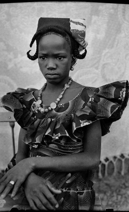 O maliano é considerado um dos precursores dos retratos de estúdio na África Foto: Divulgação/Seydou Keïta (caac– The Pigozzi Collection, Genebra) / Divulgação/Seydou Keïta (caac– The Pigozzi Collection, Genebra)