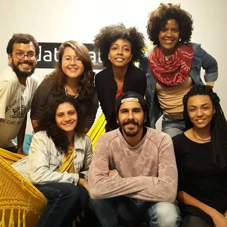Equipe do projeto data_labe, no Complexo da Maré. Foto: Reprodução / Facebook