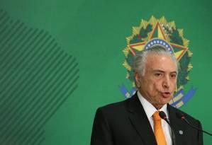 O presidente Michel Temer, durante pronunciamento no Palácio do Planalto Foto: Ailton de Freitas / Agência O Globo