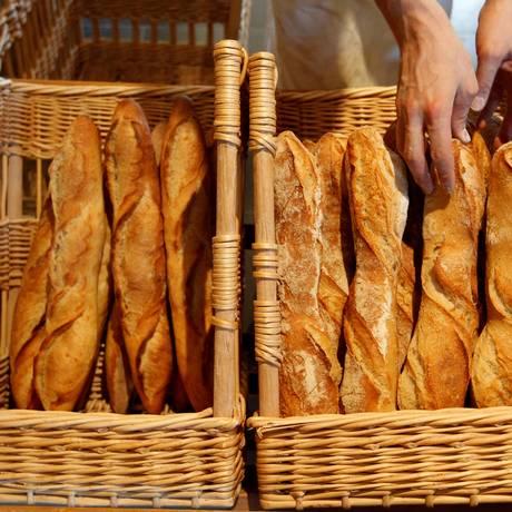Tradicional na França, Baguete pode ter quantidade de sal reduzida Foto: Vincent Kessler / REUTERS