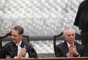 O novo presidente do STJ, João Otávio de Noronha, e o presidente Michel Temer Foto: Ailton Freitas/Agência O Globo