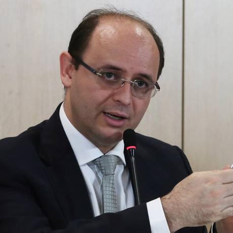O ministro da Educação, Rossieli Soares da Silva, durante entrevista Foto: Givaldo Barbosa / Agência O Globo