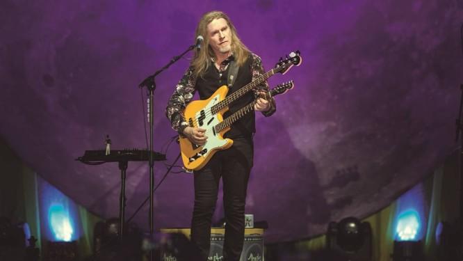 Estrela. Na apresentação de amanhã, músico tocará repertório de DVD ao vivo Foto: Divulgação