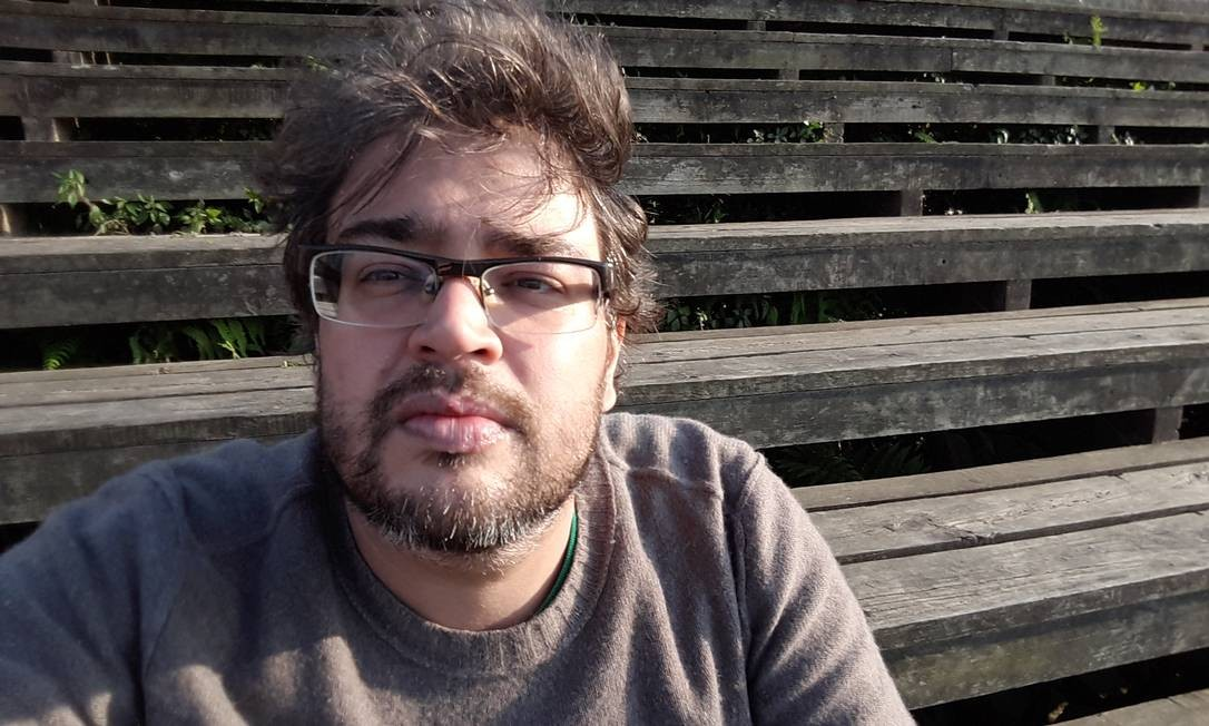 """Felipe Charbel, autor de """"Janelas irreais"""" Foto: Divugação"""