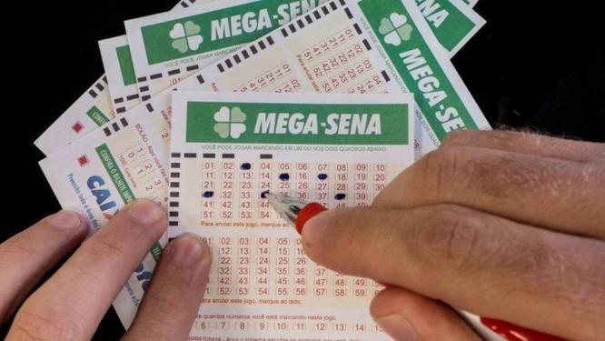 Cartelas da Mega-Sena Foto: O Globo / Arquivo